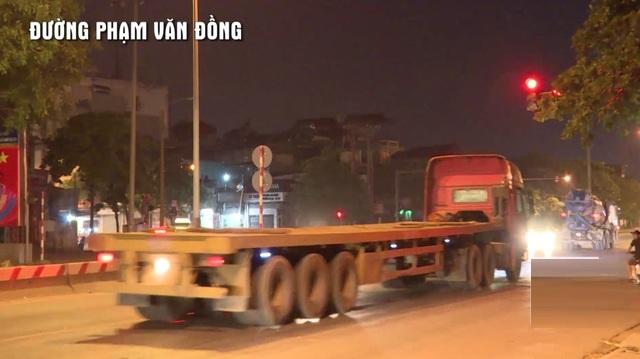 hung-than-tren-duong-pham-van-dong