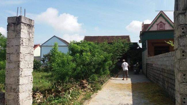 Ngôi nhà nhỏ của ông Chung nơi làng quê nghèo. Ảnh nguồn internet