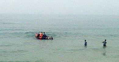 Đau xót: Rủ nhau ra bãi biển tắm, 2 anh em bị đuối nước