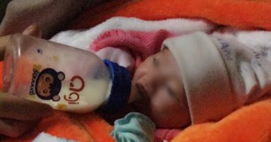 Ninh Bình: Thương xót bé gái sơ sinh 2kg bị bỏ rơi trước cổng chùa cùng mẩu giấy ghi lời nhắn của mẹ